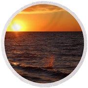 Lake Ontario Sunset Round Beach Towel
