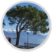 Lakeside With Trees Round Beach Towel