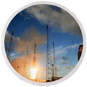 Launch Of Soyuz Vs07 2014 Round Beach Towel