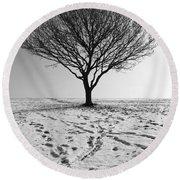 Lone Tree Winter Round Beach Towel