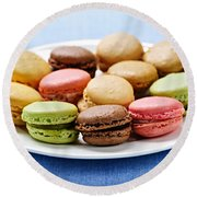 Macaroon Cookies Round Beach Towel