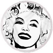 Marilyn What A Beautiful Girl Round Beach Towel