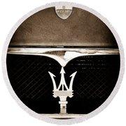 Maserati Hood - Grille Emblems Round Beach Towel