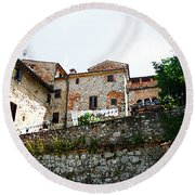 Old Towns Of Tuscany San Gimignano Italy Round Beach Towel