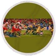On The Goal Line - Notre Dame Vs Utah Round Beach Towel