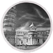 Pisa - The Leaning Tower Round Beach Towel