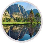 Reflections Of Yosemite Falls Round Beach Towel