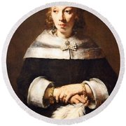 Rembrandt's Portrait Of A Lady With An Ostrich Feather Fan Round Beach Towel