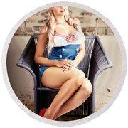 Retro Blond Beach Pinup Model With Elegant Look Round Beach Towel