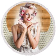 Retro Woman At Beauty Salon Getting New Hair Style Round Beach Towel