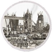 River Thames Sketch Round Beach Towel
