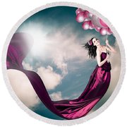 Romantic Girl In Love With Beauty And Fashion Round Beach Towel