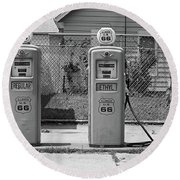 Route 66 - Illinois Gas Pumps Round Beach Towel
