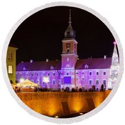 Royal Castle In Warsaw At Night Round Beach Towel