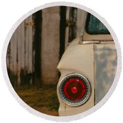 Rusty Car Round Beach Towel