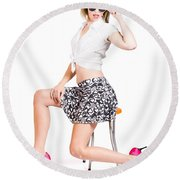 Sexy Brunette Pin Up Girl In Pink Retro Fashion Round Beach Towel