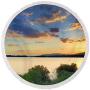 Sunrays At The Lake Round Beach Towel