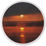 Sunrise On The Columbia River Round Beach Towel