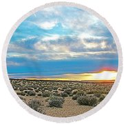 Sunset At Alstrom Point In Glen Canyon National Recreation Area-utah Round Beach Towel