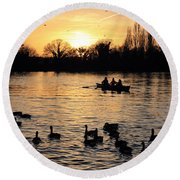 Sunset On The Thames At Walton Round Beach Towel