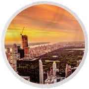 Sunset Over Central Park And The New York City Skyline Round Beach Towel