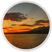 Sunset Over Mackay Reservoir Round Beach Towel
