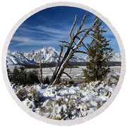 Tetons In The Distance Round Beach Towel