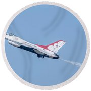 Thunderbirds And Blue Sky  Round Beach Towel
