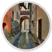 Tight Alley With A Bridge Round Beach Towel