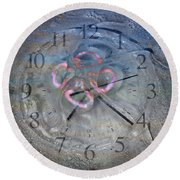 Timing Round Beach Towel