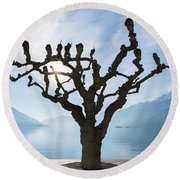 Tree And Bench Round Beach Towel