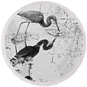 Tri-colored Meal Bw Round Beach Towel