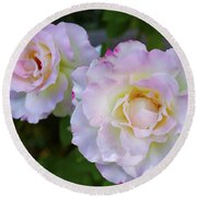Two White Roses Round Beach Towel