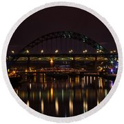 Tyne Bridge At Night Round Beach Towel
