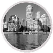 Vancouver Bc Downtown Skyline Round Beach Towel