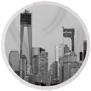 1 W T  C  And Lower Manhatten In Black And White Round Beach Towel