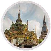 Wat Pho, Thailand Round Beach Towel