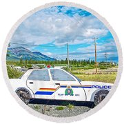 Watch Out For The Rcmp Near Destruction Bay In Yukon-canada Round Beach Towel