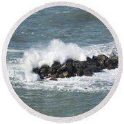 Wave On The Rocks Round Beach Towel