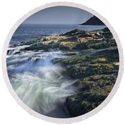 Waves Crashing Against The Shore In Acadia National Park Round Beach Towel