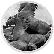 Wild Mustang Statue Round Beach Towel