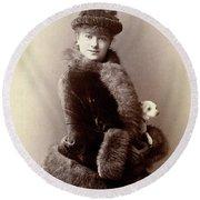 Women's Fashion, 1890 Round Beach Towel