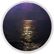 Rays Of Light Shimering Over The Waters Round Beach Towel