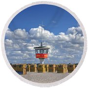 110506p022 Round Beach Towel