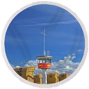 110506p023 Round Beach Towel