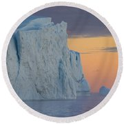 110613p175 Round Beach Towel