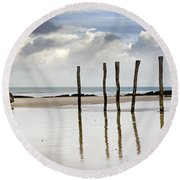 111230p036 Round Beach Towel