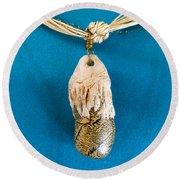 Aphrodite Gamelioi Necklace Round Beach Towel