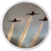 Red Arrows Round Beach Towel