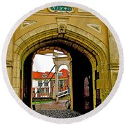 1540 Entrance To Enkhuizen-netherlands Round Beach Towel